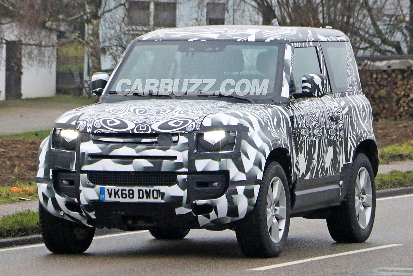 Land Rover vs Ford Bronco: V8 Powered to crush the Bronco