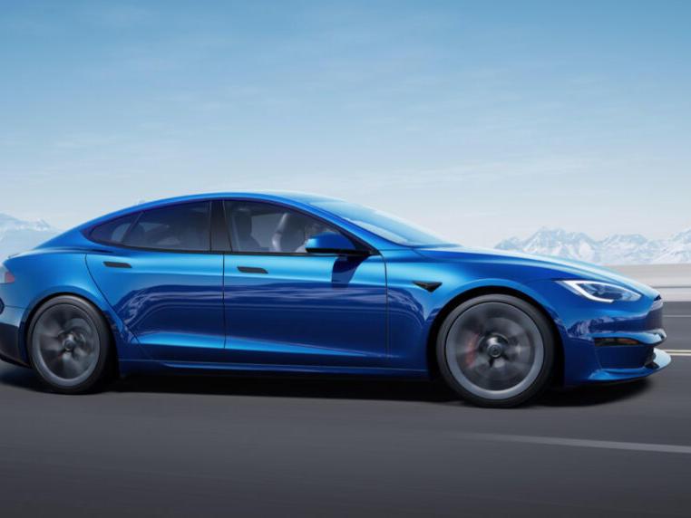 Tesla Model 2021.5 X exterior