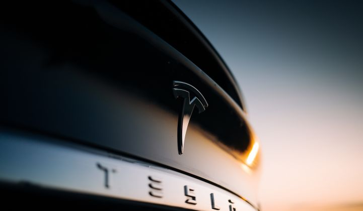 Tesla_Model_X_Electric_Vehicle_EV_XL_Shutterstock_721_420_80_s_c1.jpg