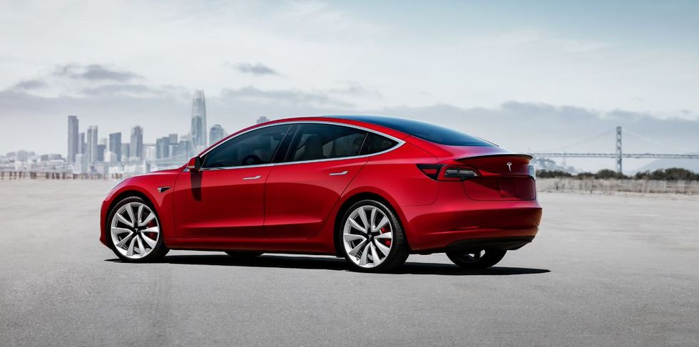 tesla-vehicles-conveyed-a-record-number-in-.jpg