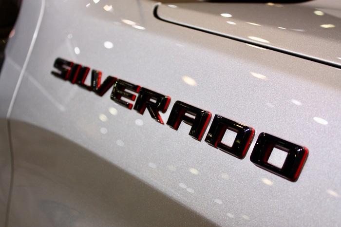 2021-Chevy-Silverado-Redline-Edition-price.jpg