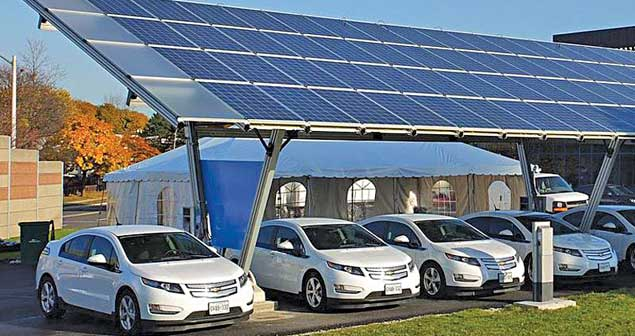 A Solar power electric vehicle station for charging