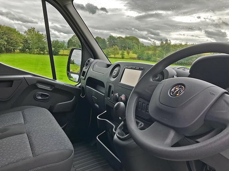 MOVANO- Interior - GoodAutoDeals