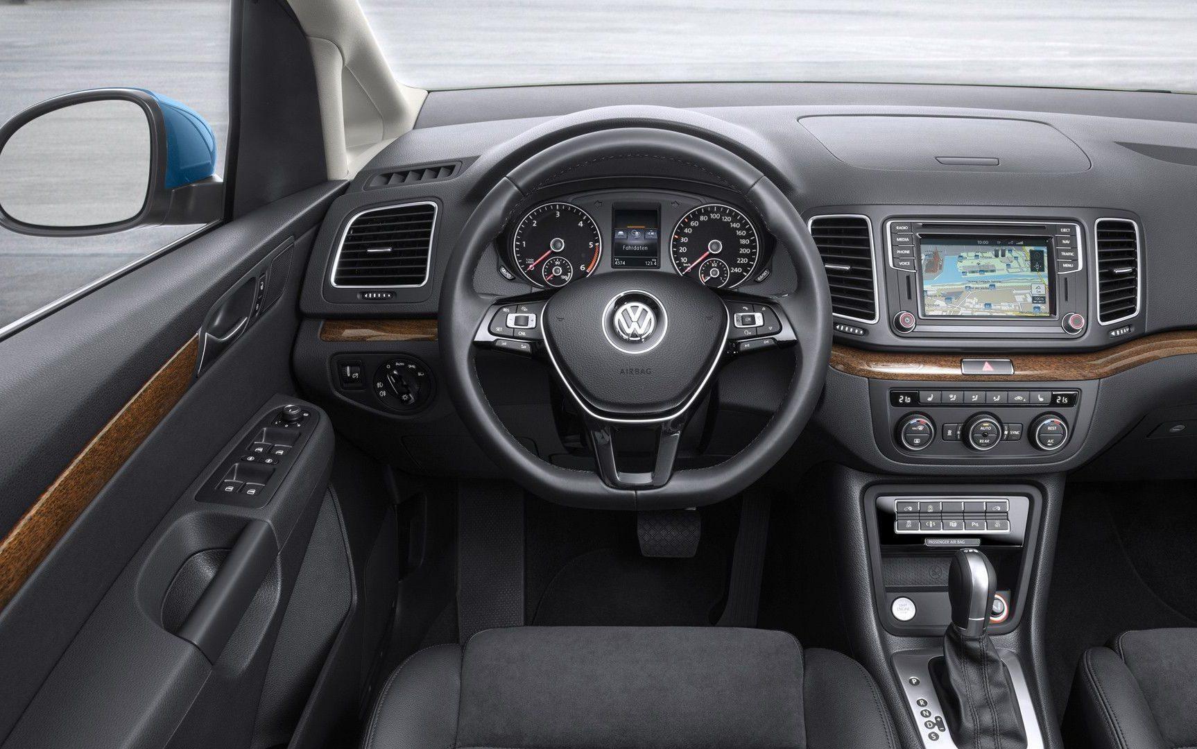 Volkswagen Sharan- Interior- GoodAutoDeals