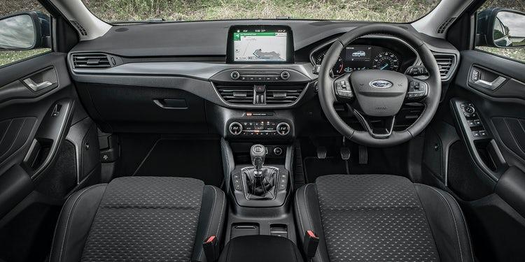 Ford Focus-Interior-