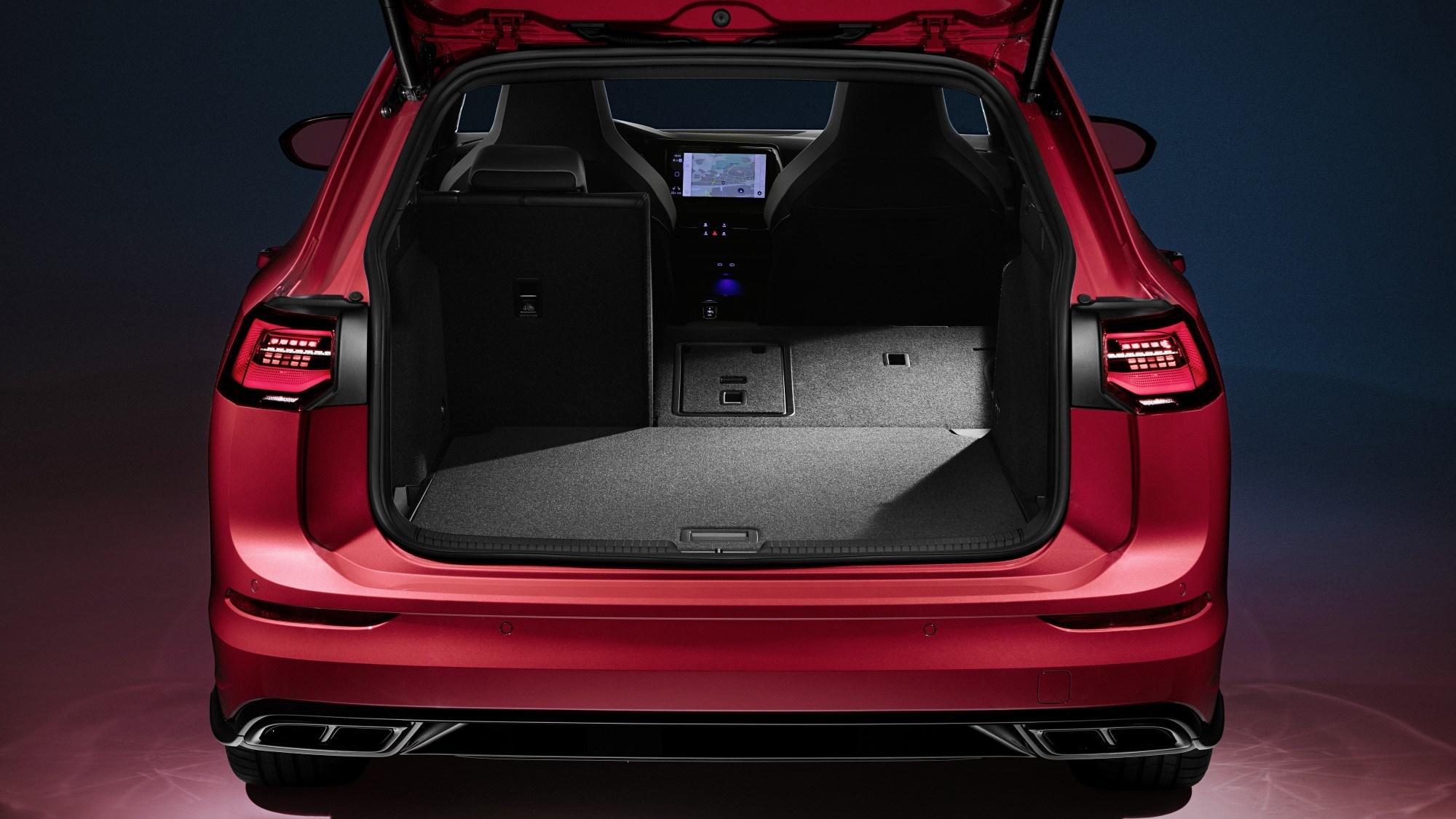 Volkswagen Golf Estate-Boot Capacity- GoodAutoDeals